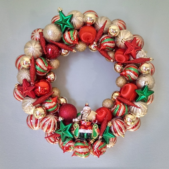 Custom Made Wreaths Made in Chicago | Santa's List