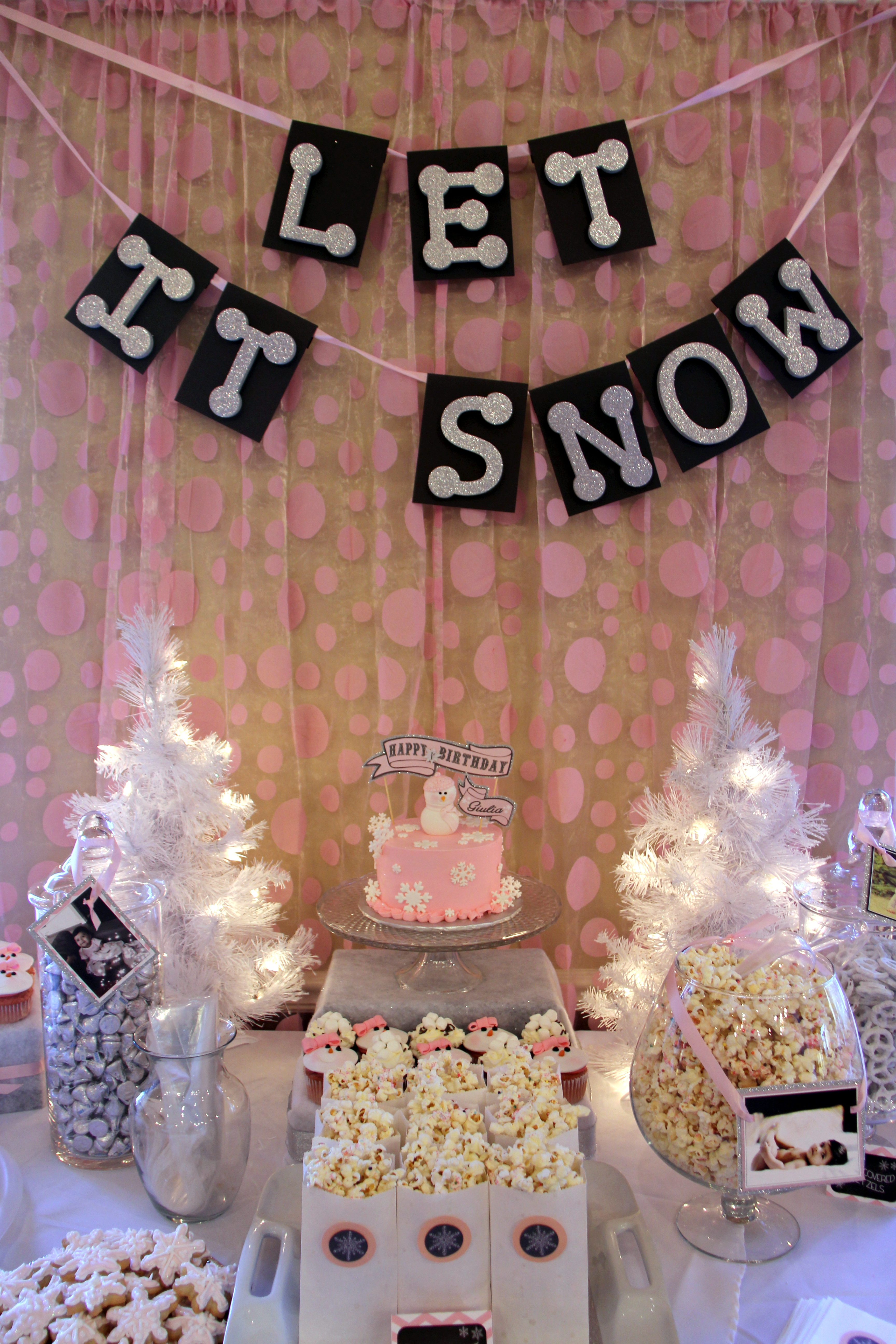 Winter Onederland 1st Birthday Party Welcome To Pastiche