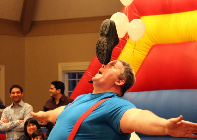 Chicago Children's Entertainer: Ken the Flying Fool | Winter Onederland Birthday Party by Pastiche Events